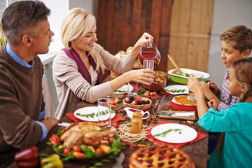 Family thanksgiving dinner