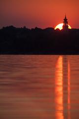 Sonnenuntergang mit Kirche, Balaton / Ungarn