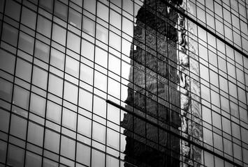 Nowoczesna architektura czarno-biała - 122815904