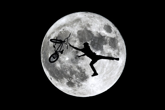 Full moon free rider jumping