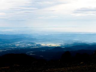 御釜(刈田岳)からの風景