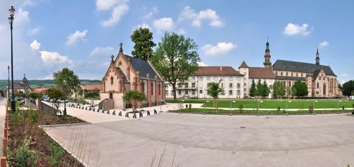 Ensemble architectural de l'église Saint-Georges de Molsheim en Alsace
