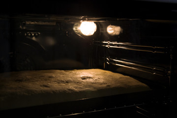 Baking cake in oven
