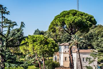 Vue sur les jardins du Vatican à Rome