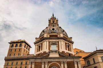 L'église Santissimo Nome di Maria al Foro Traiano près du forum de Trajan