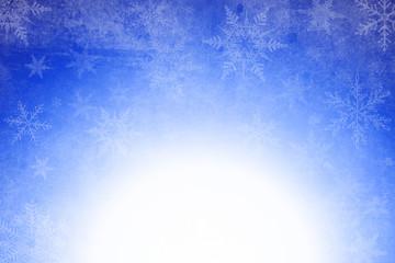 eine weihnachtslichter Hintergrund mit Schneeflocken