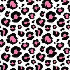 Leopard skin hand drawn. animal print drawing. Seamless Pattern. Vector Illustration.