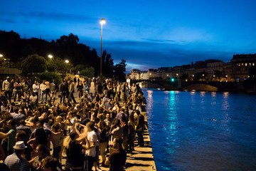 Summer nights in Paris - Dancing Tango at the Seine