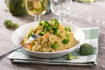 risotto con broccoli e fave - ricetta vegetariana