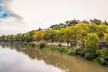 Traversé du Tibre par le pont Sublicio