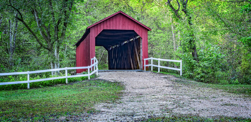 Autumn view of the Sandy Creek Covered Bridge in Goldman, Missouri