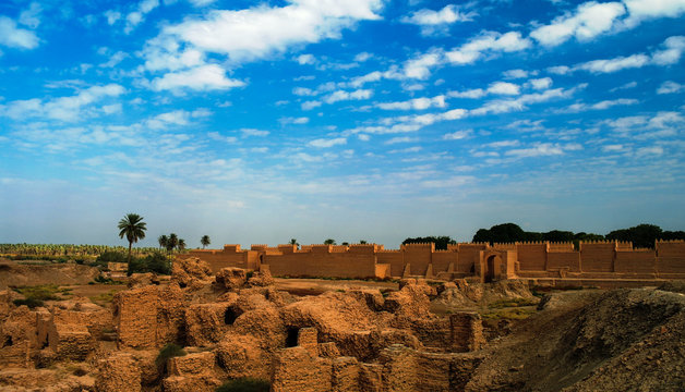 Panorama of Babylon ruins, Hillah, Iraq