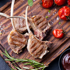 Lamb ribs grilled with vegetables Top view
