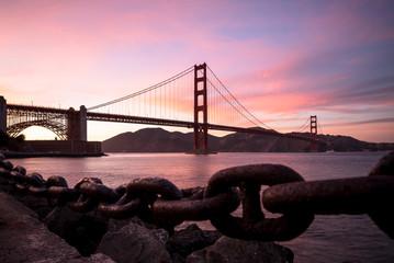 Fond de hotte en verre imprimé Bestsellers Golden Gate Bridge in San Francisco California after sunset