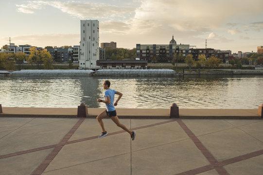Man running, Harriet Island, Saint Paul, Hokah, Houston County, Minnesota, USA , side view