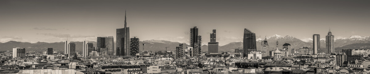 Poster Milan Milan Italy - panoramic skyline black and white