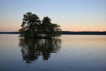 Beautiful little island in lake mälaren in the old town of Sigtuna, Sweden (background, wallpaper)