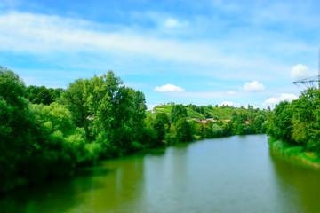 Flusslandschaft am Neckar