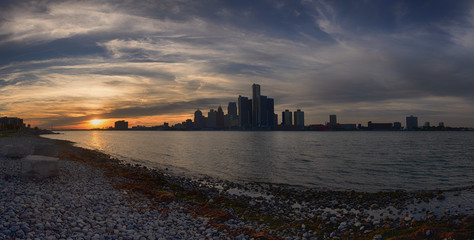 Panoramic view of Detroit skyline at sunset