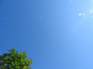 雲1つない青空
