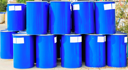 Many big blue barrels