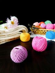 Set of multicoloured yarn for knitting