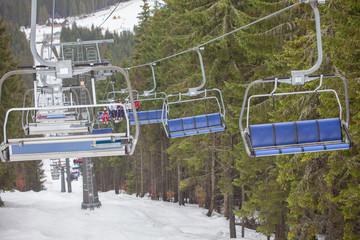 ski elevator with people