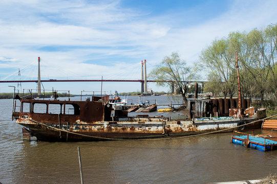 Barco enferrujado