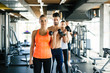 Detaily fotografie Team workout in gym
