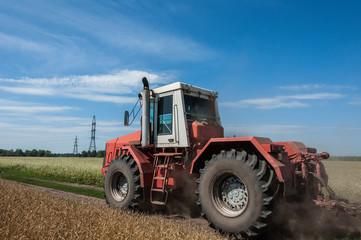 tractor field road