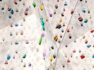 Bouldersport, Kletterwand