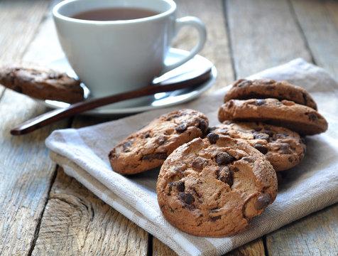 Печенье и кофе.
