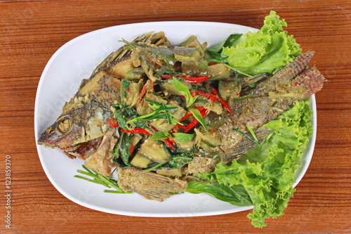 Tilapia Baked In Thai Green Curry Recipe — Dishmaps