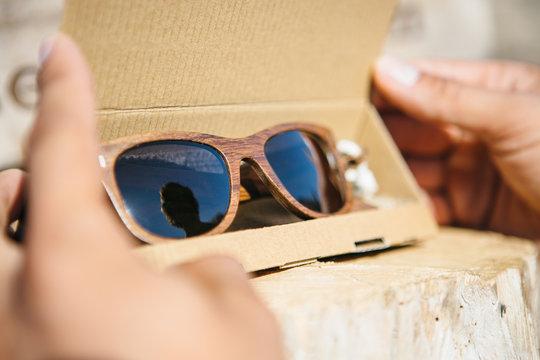 Elegance wooden sunglasses in box