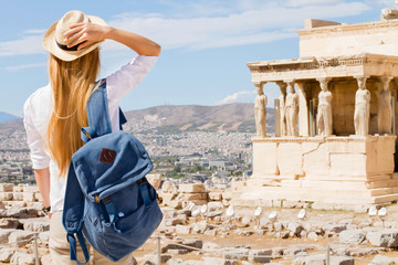Printed kitchen splashbacks Athens Hipster Traveler with backpack and outspread hands. Enjoying sun in the Acropolis