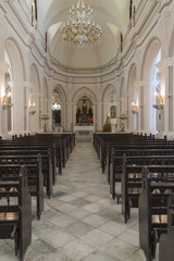 "Kuba, Havanna-Vieja ; Calle Compostela, Innenaufnahme der historischen Kirche "" Iglesia del Santo Angel ""."