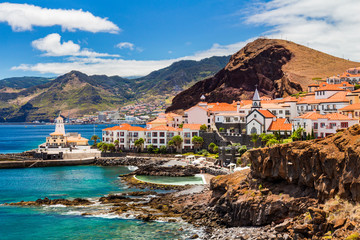 beautiful view of a small town Canical on the eastern coast of Madeira island, Portugal Fototapete
