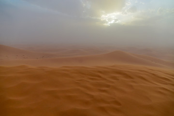 upcoming sandstorm in the sahara at erfoud