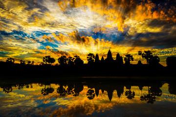 silhouettes of Angkor Wat