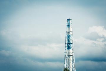 工場の煙突 空