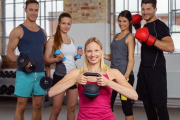 krafttraining im fitness-studio