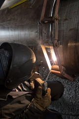The jointing of large diameter pipes together using a chain of centralizer