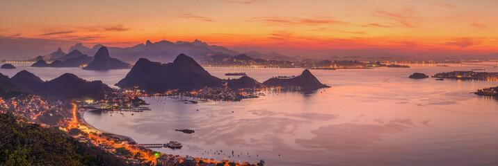 Photo sur Plexiglas Rio de Janeiro The climbs of Rio de Janeiro