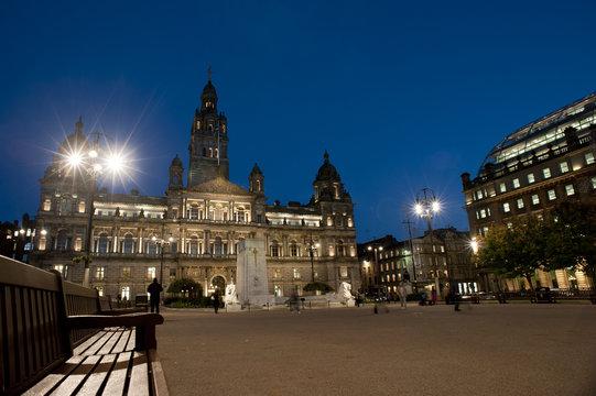 George Square, Glasgow illuminated at night