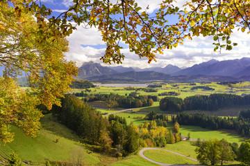 Panorama Landschaft in Bayern bei Füssen im Allgäu