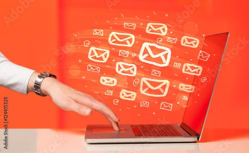 yor incriminating internal e mails - HD5505×3376