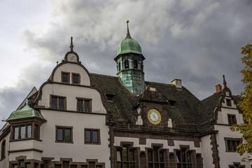 Neues Rathaus in Freiburg im Breisgau auf dem Rathausplatz