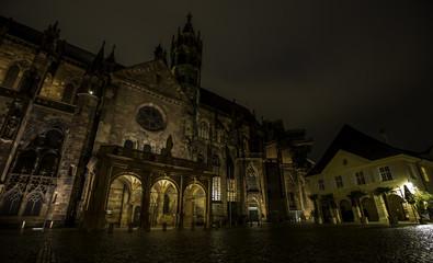 Freiburger Münster in Freiburg im Breisgau bei Nacht
