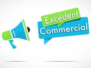 mégaphone : excédent commercial
