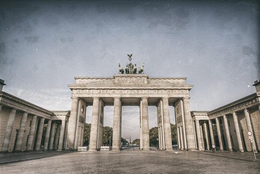 the brandenburg gate (Brandenburger Tor), the famous landmark of berlin, germany, europe, Old style image